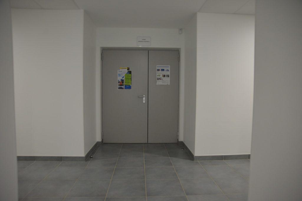 DOORTAL - Lycée porte isolante