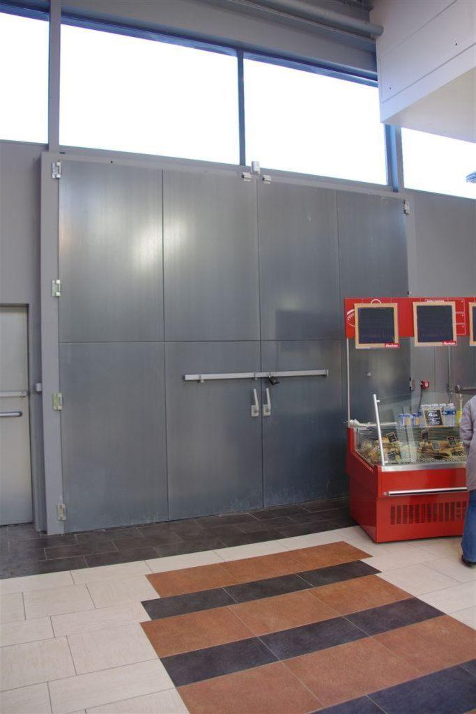 DOORTAL - Auchan Montauban - grande porte
