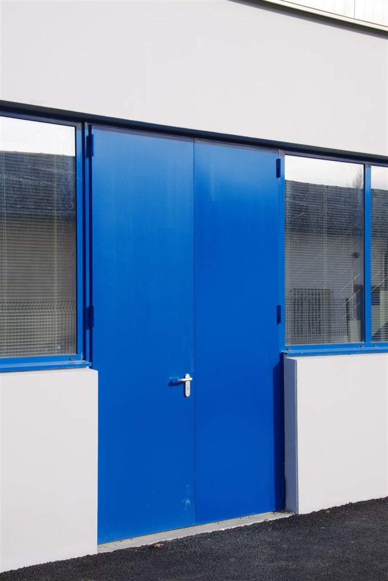 DOORTAL - Liebherr - Grande porte acoustique