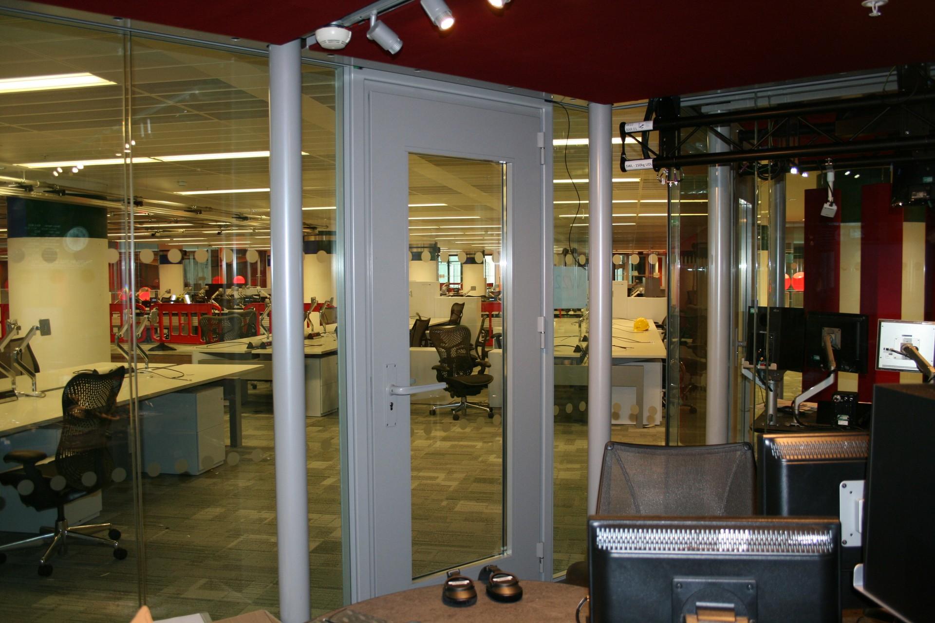 DOORTAL - Studio de la BBC - Vitroplus